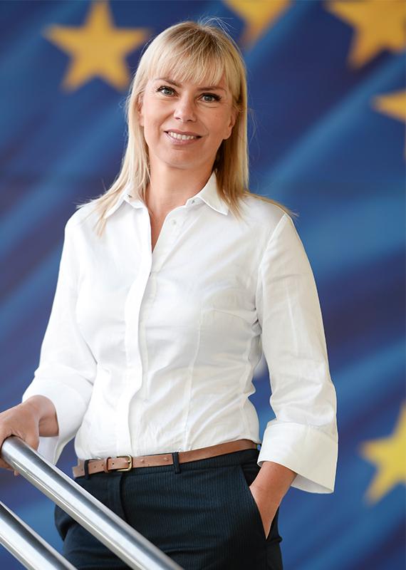 ElżbietaBieńkowska.jpg