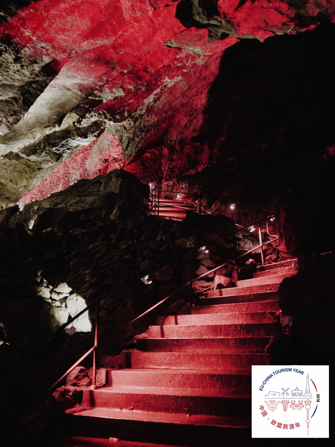 BELGIUM-Caves-of-Han-Han-sur-Lesse-035-1.jpg