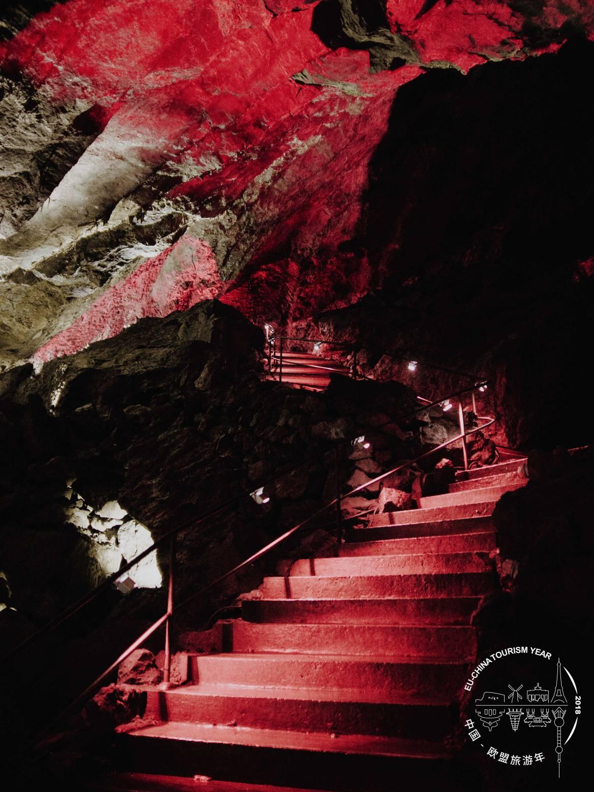 BELGIUM-Caves-of-Han-Han-sur-Lesse-035.jpg